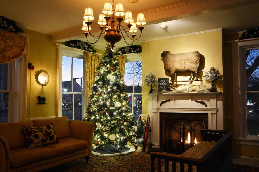 A Golden Lamb Christmas